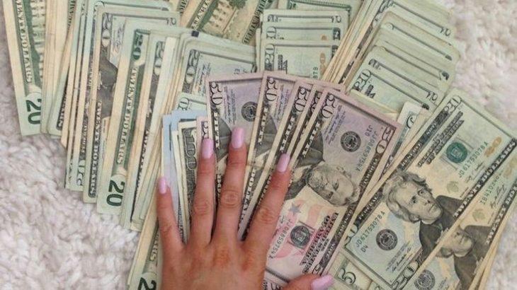 美容師とお金